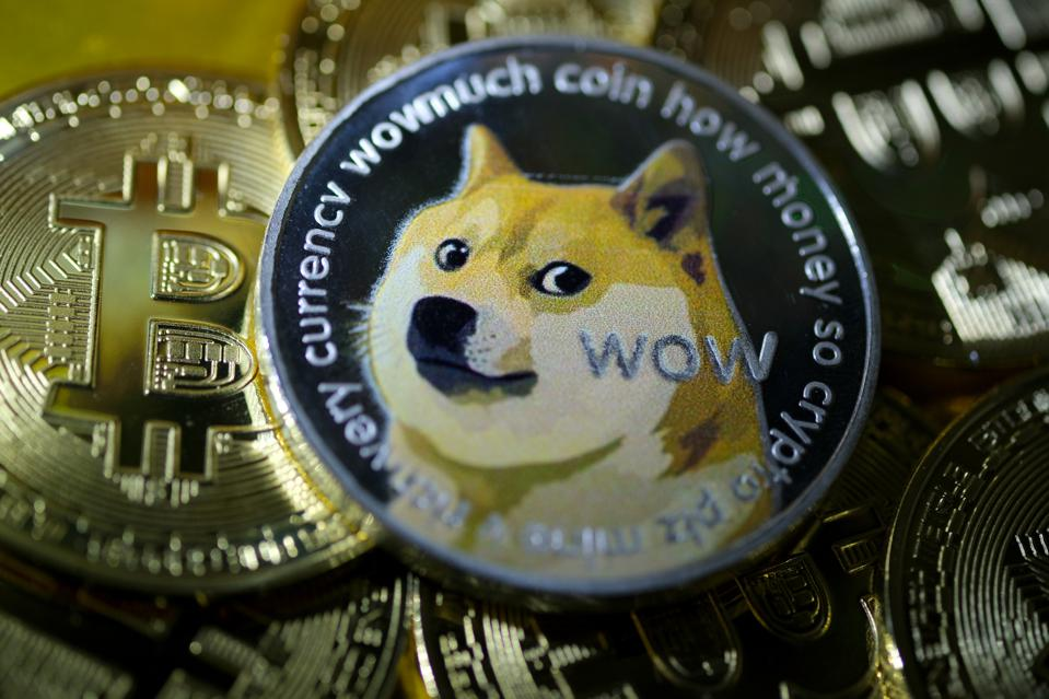 With Elon Musk tweeting about Dogecoin, rockstar Gene Simmons also join the fun, DOGE price up to 25% - AZCoin News