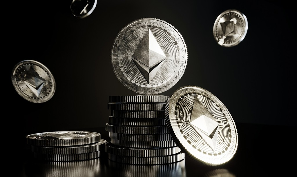 The drop in the price of Ethereum is failing to shake out the long-term holders, expect a sharp volatility increase - AZCoin News